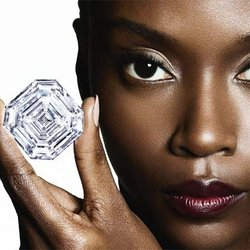 Principal Diamond Cut From 1,109-Carat Lesedi La Rona Tips the Scales at 302.37 Carats