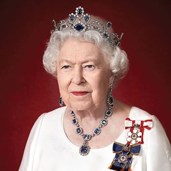Queen Elizabeth II Wears Spectacular Sapphire Jewelry in New Portrait